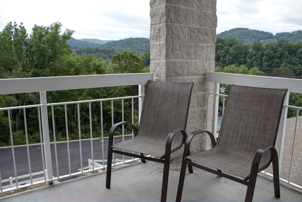 Photo of a Pigeon Forge Condo named Whispering Pines 421 - This is the thirty-eighth photo in the set.