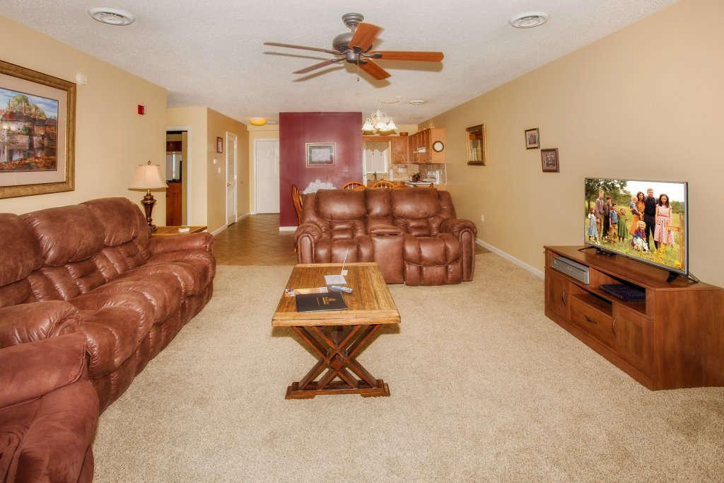 Photo of a Pigeon Forge Condo named Whispering Pines 453 - This is the second photo in the set.