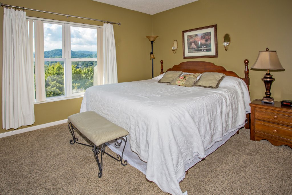Photo of a Pigeon Forge Condo named Whispering Pines 453 - This is the eighth photo in the set.