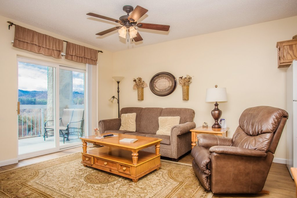 Photo of a Pigeon Forge Condo named Whispering Pines 441 - This is the second photo in the set.