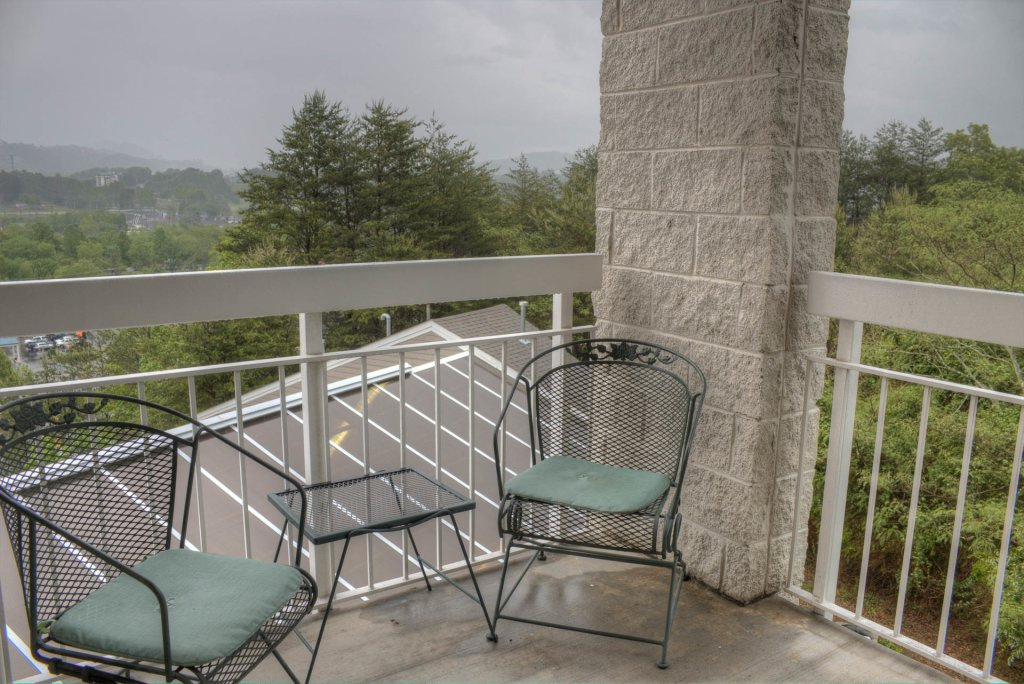 Photo of a Pigeon Forge Condo named Whispering Pines 341 - This is the forty-third photo in the set.