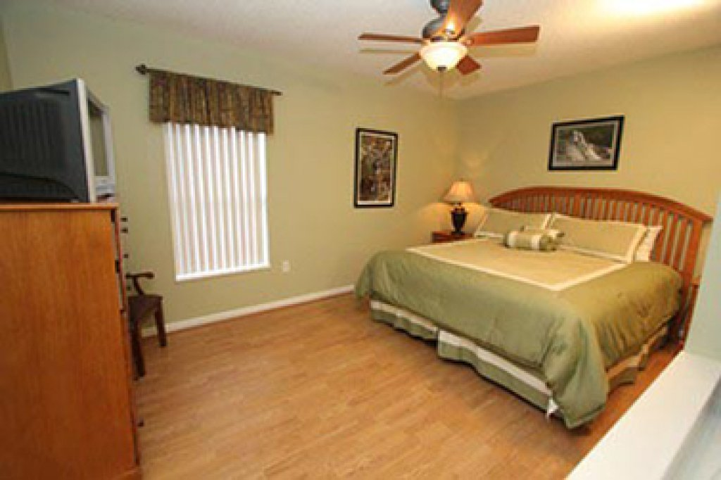 Photo of a Pigeon Forge Condo named Whispering Pines 644 - This is the fifth photo in the set.