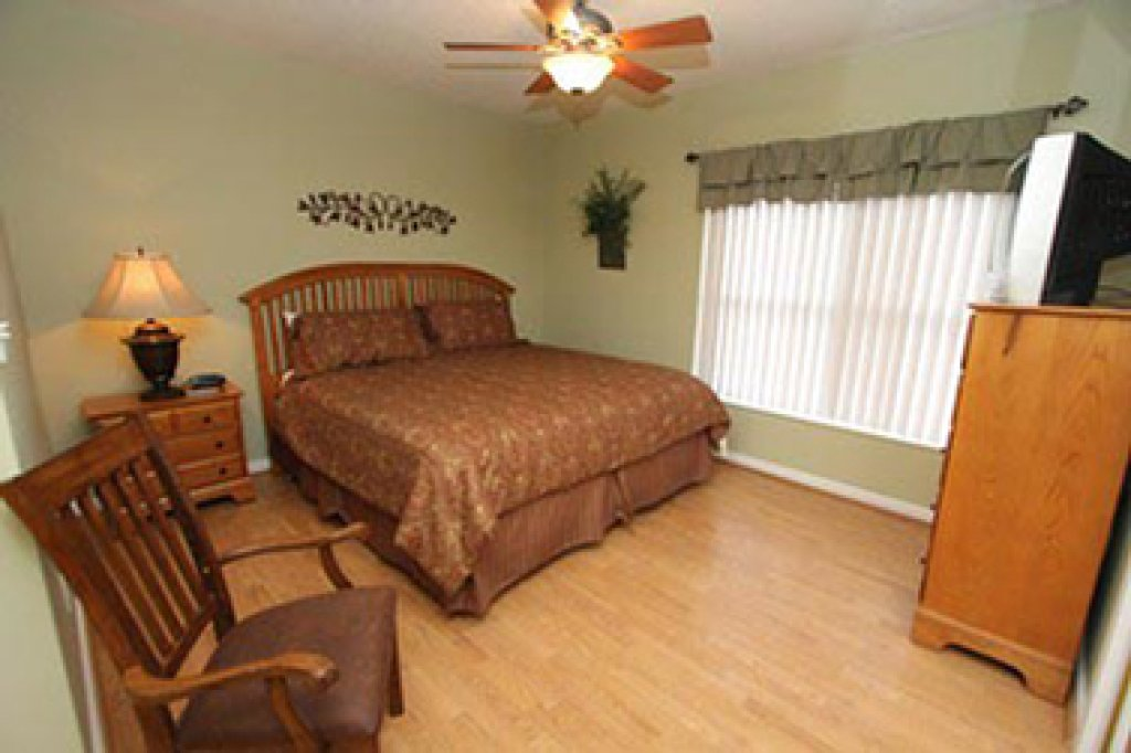 Photo of a Pigeon Forge Condo named Whispering Pines 644 - This is the twelfth photo in the set.