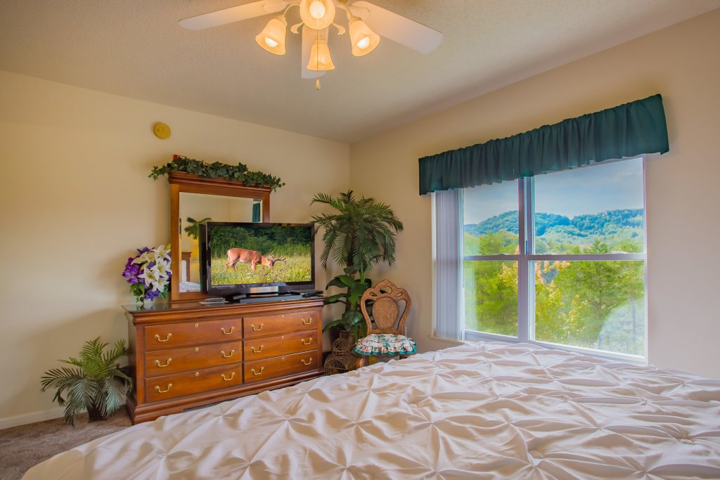 Photo of a Pigeon Forge Condo named Whispering Pines 643 - This is the eighth photo in the set.