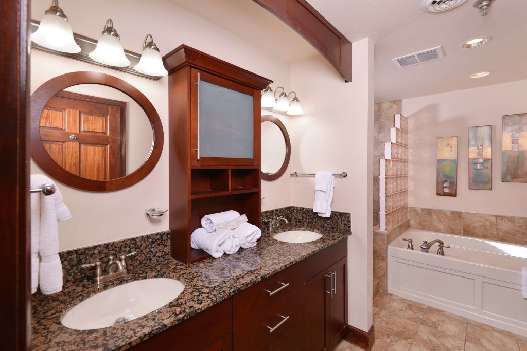 Photo of a Pigeon Forge Condo named 4002 Big Bear Resort - This is the eighth photo in the set.