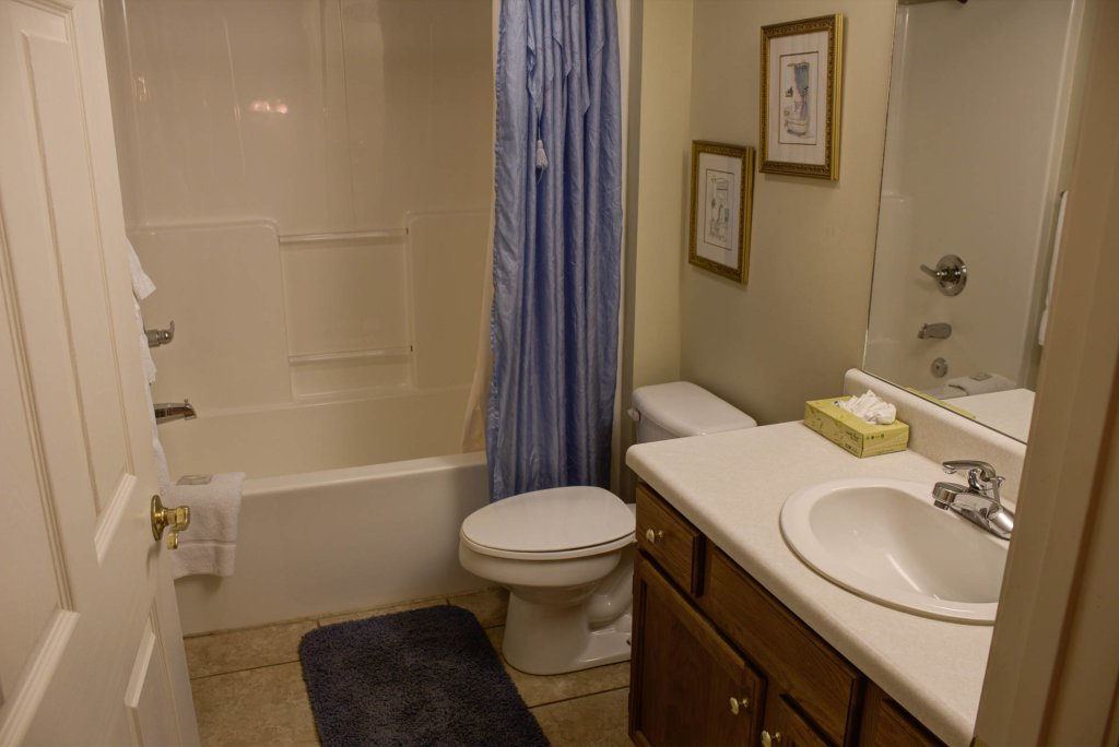 Photo of a Pigeon Forge Condo named Whispering Pines 424 - This is the twenty-fourth photo in the set.