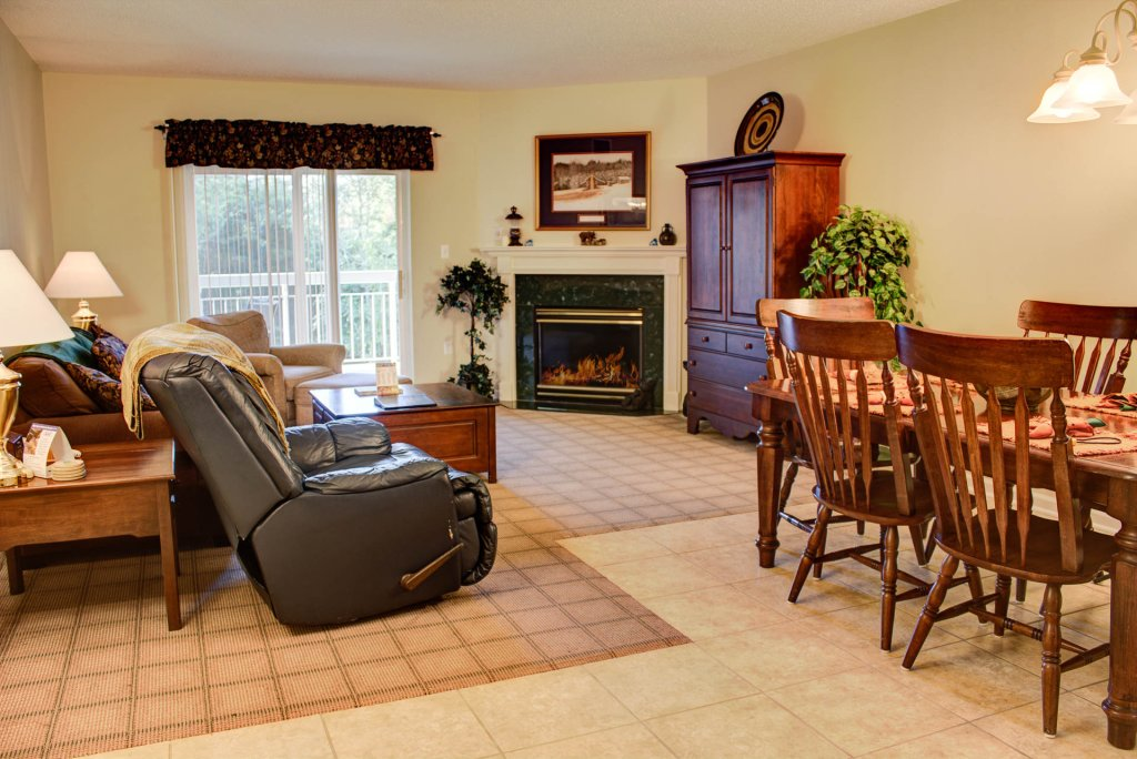 Photo of a Pigeon Forge Condo named Whispering Pines 424 - This is the first photo in the set.