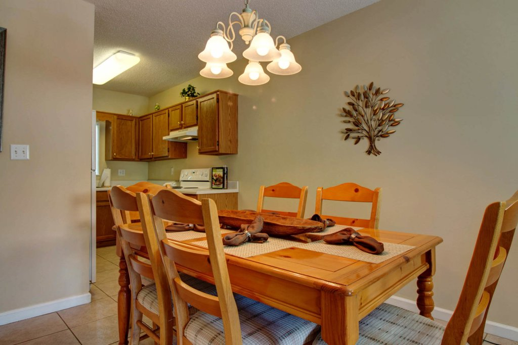 Photo of a Pigeon Forge Condo named Whispering Pines 423 - This is the fourth photo in the set.