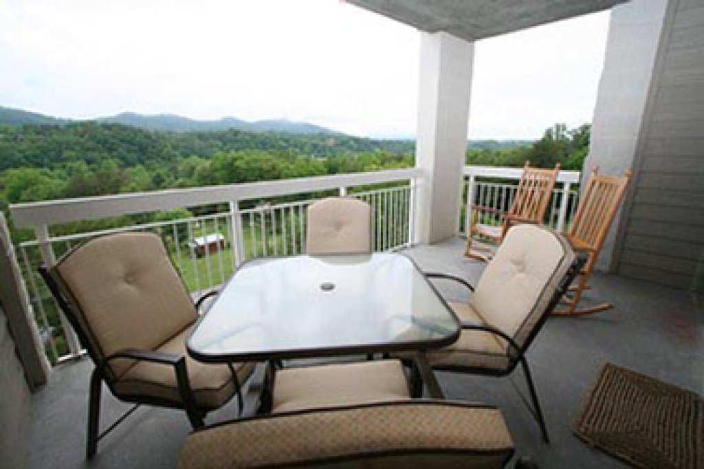 Photo of a Pigeon Forge Condo named Whispering Pines 641 - This is the eleventh photo in the set.