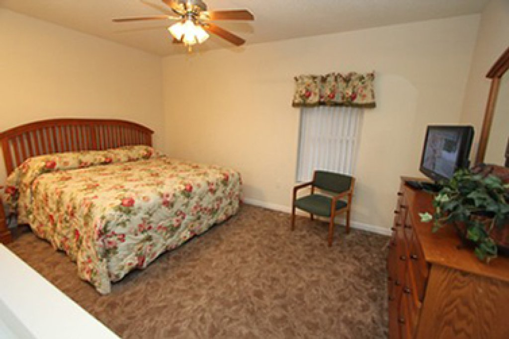 Photo of a Pigeon Forge Condo named Whispering Pines 524 - This is the fifth photo in the set.