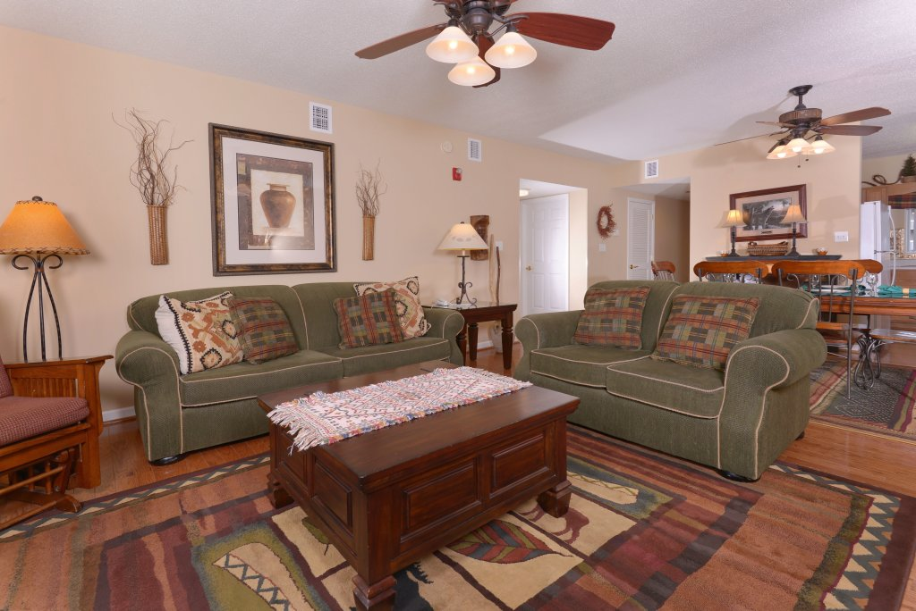 Photo of a Pigeon Forge Condo named Whispering Pines 613 - This is the eighth photo in the set.