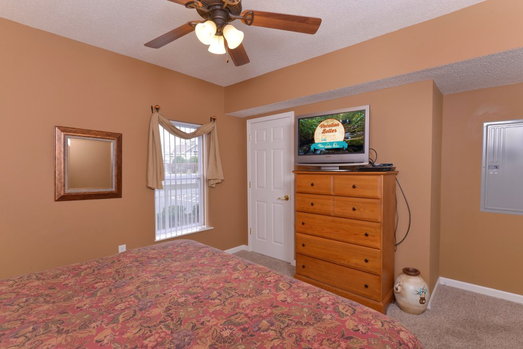 Photo of a Pigeon Forge Condo named Whispering Pines 613 - This is the twelfth photo in the set.