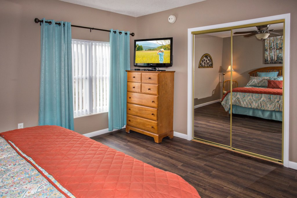 Photo of a Pigeon Forge Condo named Whispering Pines 541 - This is the ninth photo in the set.