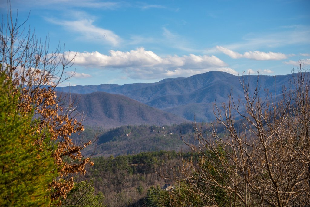 Photo of a Gatlinburg Cabin named Above The Smokies - This is the first photo in the set.