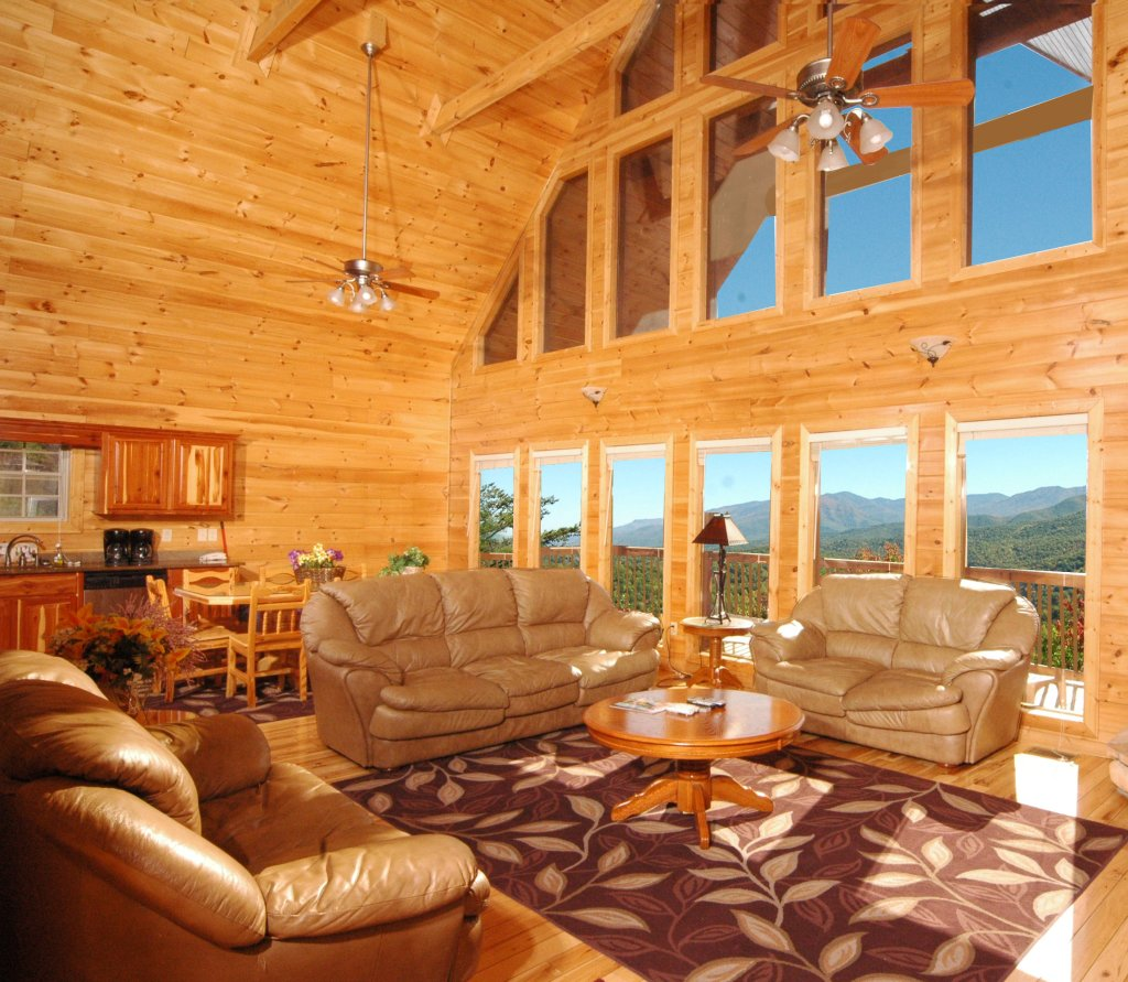 Photo of a Gatlinburg Cabin named Redneck Ritz #724 - This is the forty-first photo in the set.