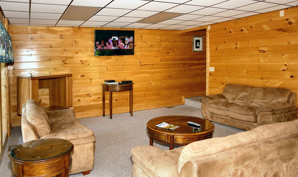 Photo of a Gatlinburg Cabin named Redneck Ritz #724 - This is the seventeenth photo in the set.