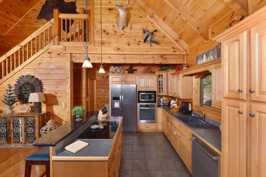 Photo of a Pigeon Forge Cabin named Mountain Splendor - This is the sixteenth photo in the set.