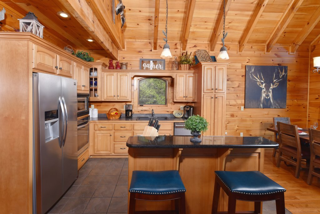 Photo of a Pigeon Forge Cabin named Mountain Splendor - This is the eighteenth photo in the set.