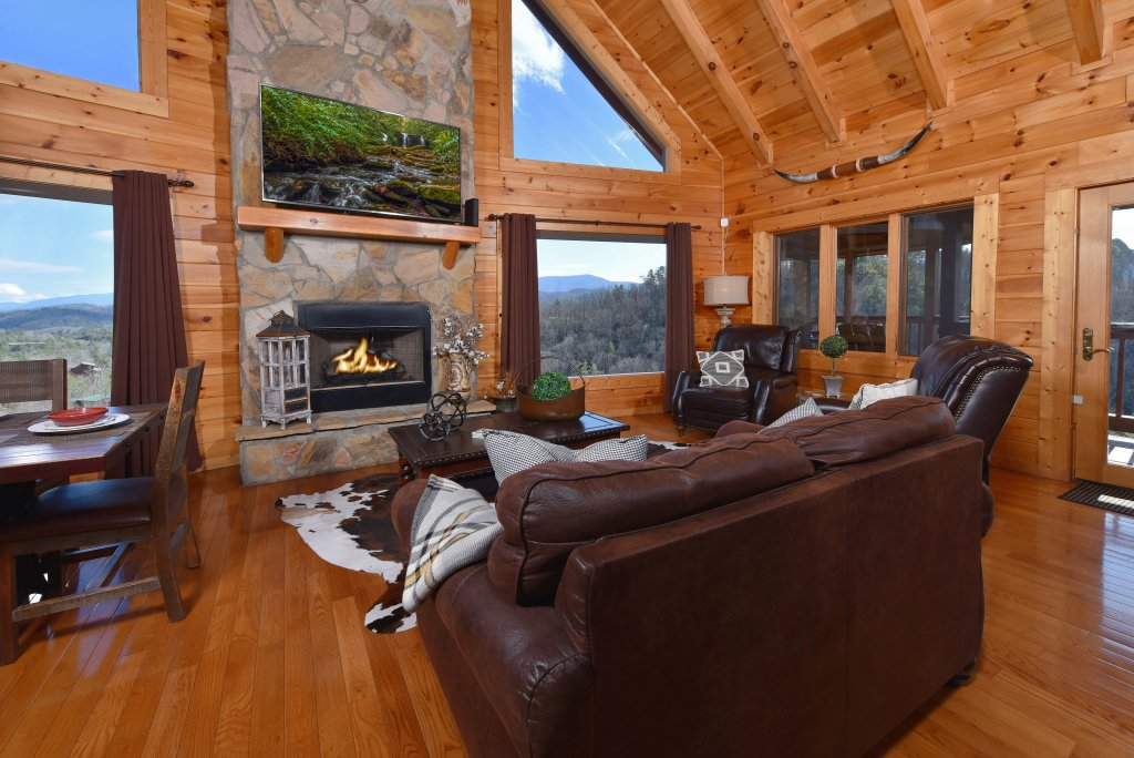 Photo of a Pigeon Forge Cabin named Mountain Splendor - This is the seventh photo in the set.
