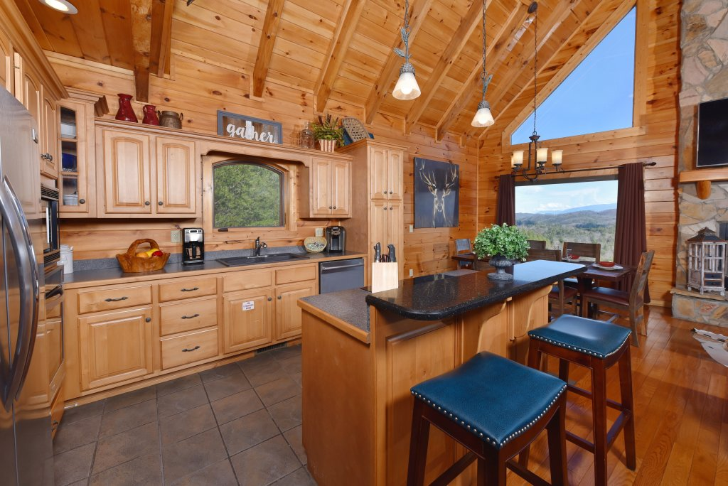 Photo of a Pigeon Forge Cabin named Mountain Splendor - This is the nineteenth photo in the set.