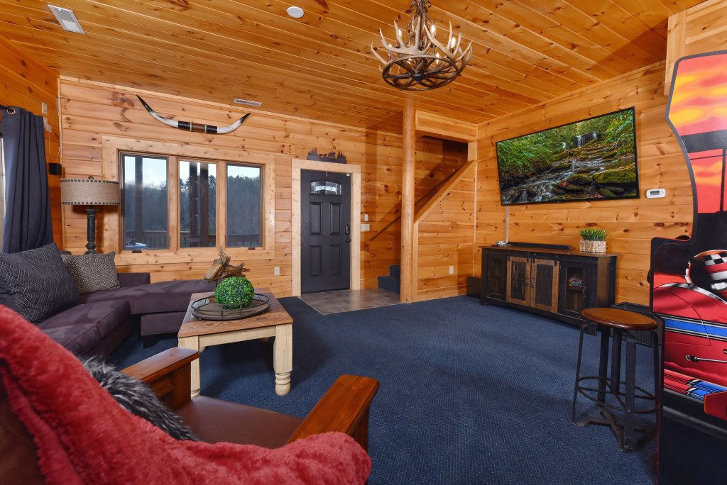 Photo of a Pigeon Forge Cabin named Mountain Splendor - This is the fifty-third photo in the set.