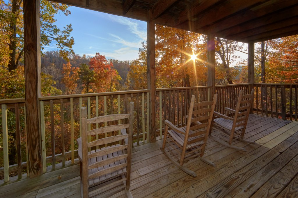 Photo of a Sevierville Cabin named Big Pine Lodge - This is the fourth photo in the set.