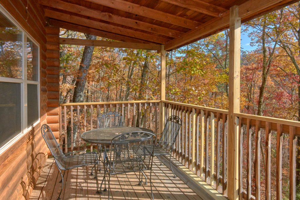 Photo of a Sevierville Cabin named Big Pine Lodge - This is the seventh photo in the set.