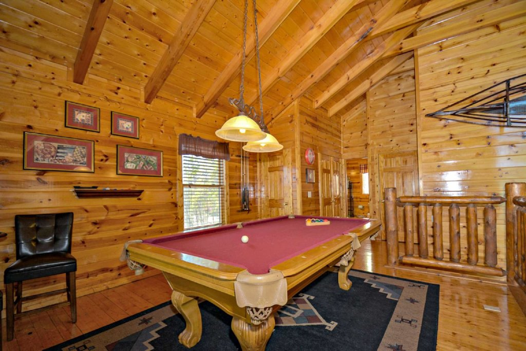 Photo of a Pigeon Forge Cabin named Bearadise - This is the eleventh photo in the set.