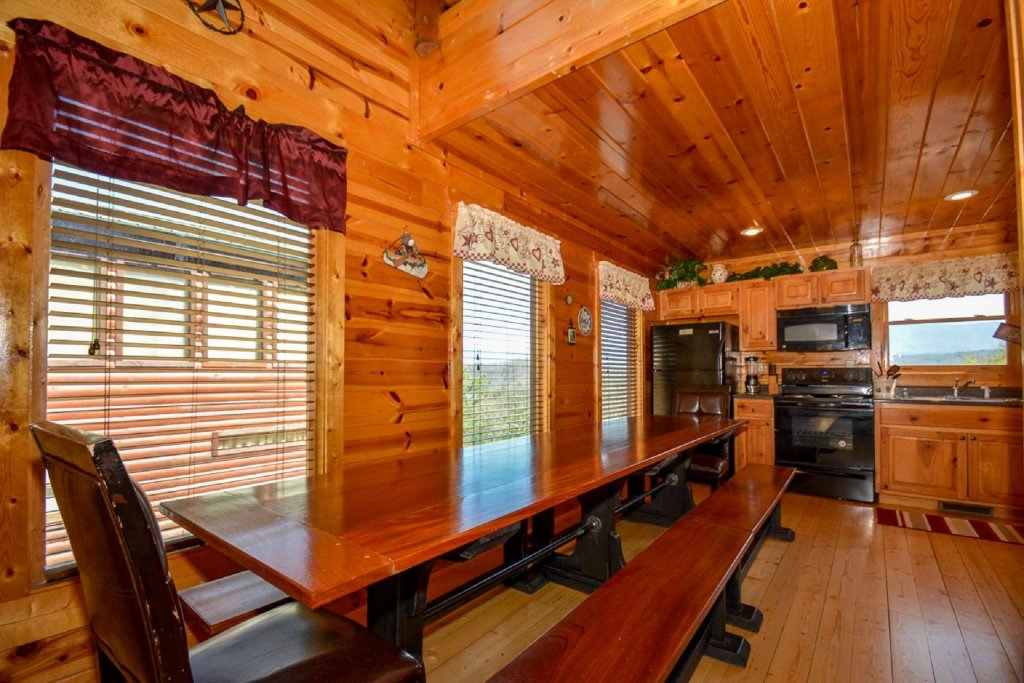 Photo of a Pigeon Forge Cabin named Bearadise - This is the thirteenth photo in the set.