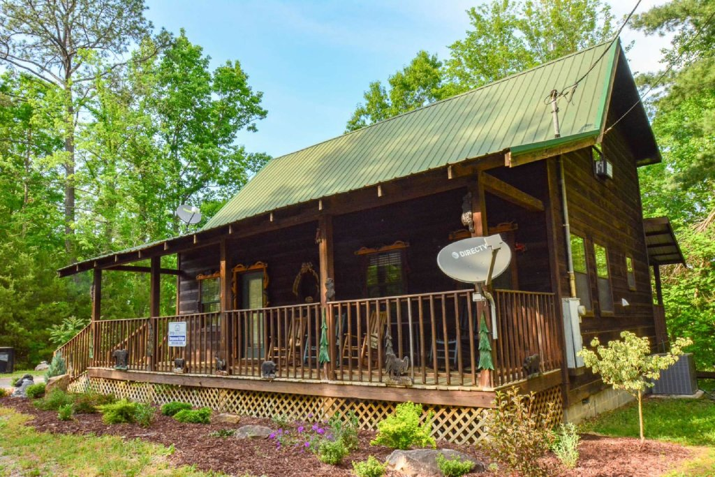 Photo of a Pigeon Forge Cabin named Dogwood Ridge - This is the fourth photo in the set.