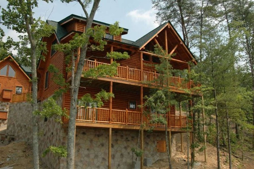 Photo of a Pigeon Forge Cabin named Smoky Mountain Haven - This is the fourth photo in the set.