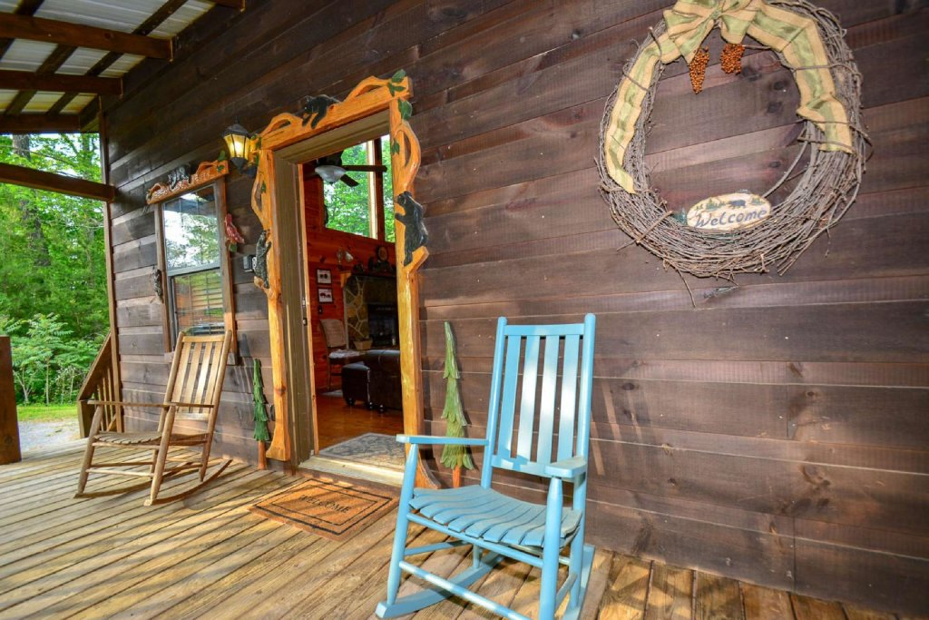 Photo of a Pigeon Forge Cabin named Dogwood Ridge - This is the seventh photo in the set.
