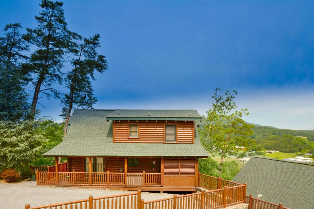 Photo of a Pigeon Forge Cabin named Smoky Mountain Haven - This is the third photo in the set.