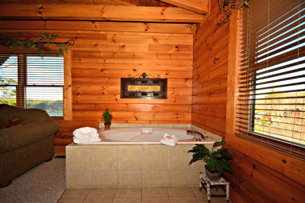 Photo of a Pigeon Forge Cabin named Smoky Mountain Haven - This is the eighteenth photo in the set.