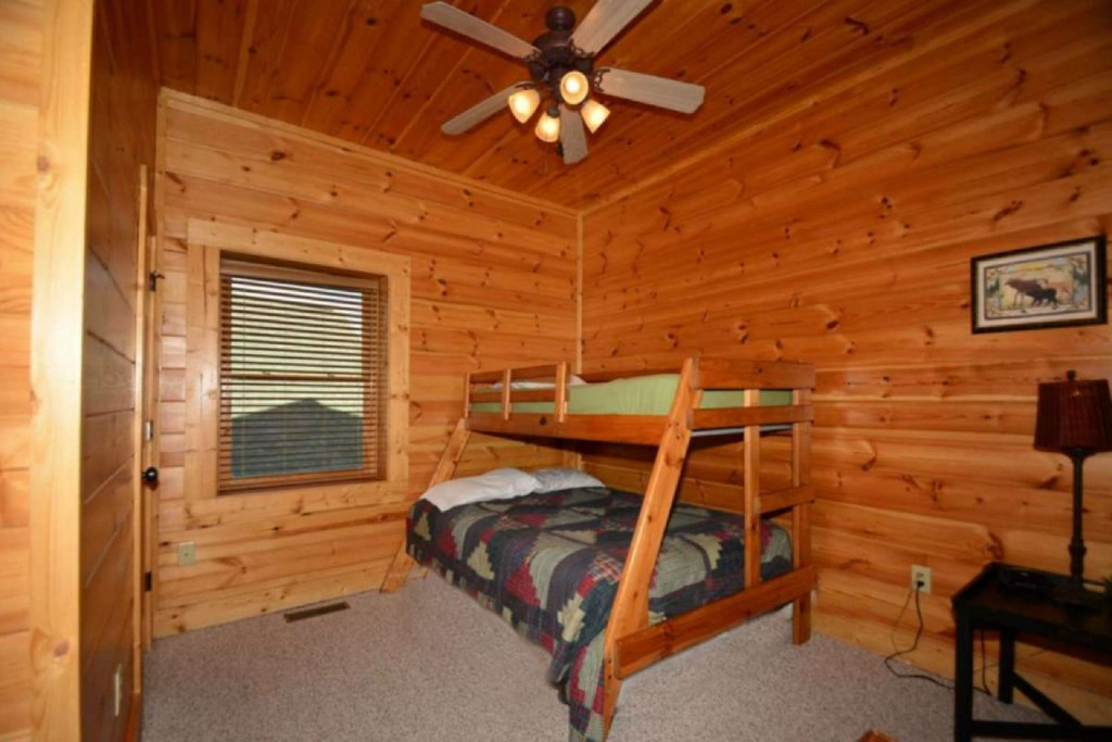 Photo of a Pigeon Forge Cabin named Smoky Mountain Haven - This is the twenty-fourth photo in the set.