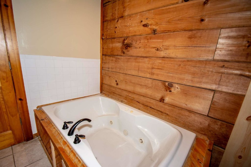 Photo of a Sevierville Cabin named Marietta's Dream - This is the fourteenth photo in the set.