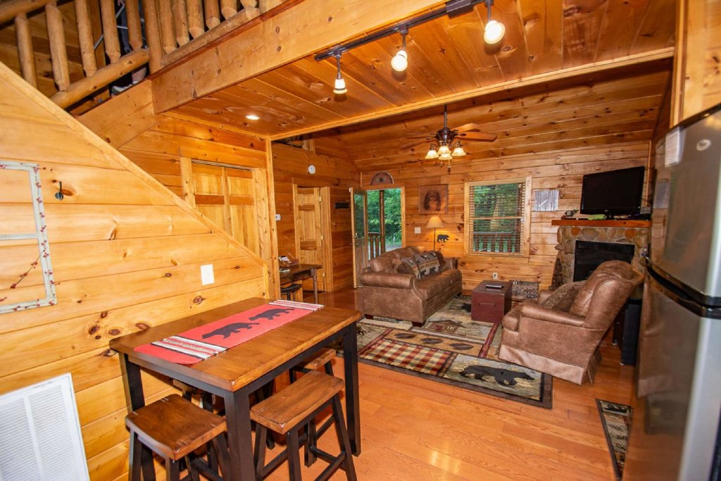 Photo of a Gatlinburg Cabin named Too Cozy - This is the fourth photo in the set.