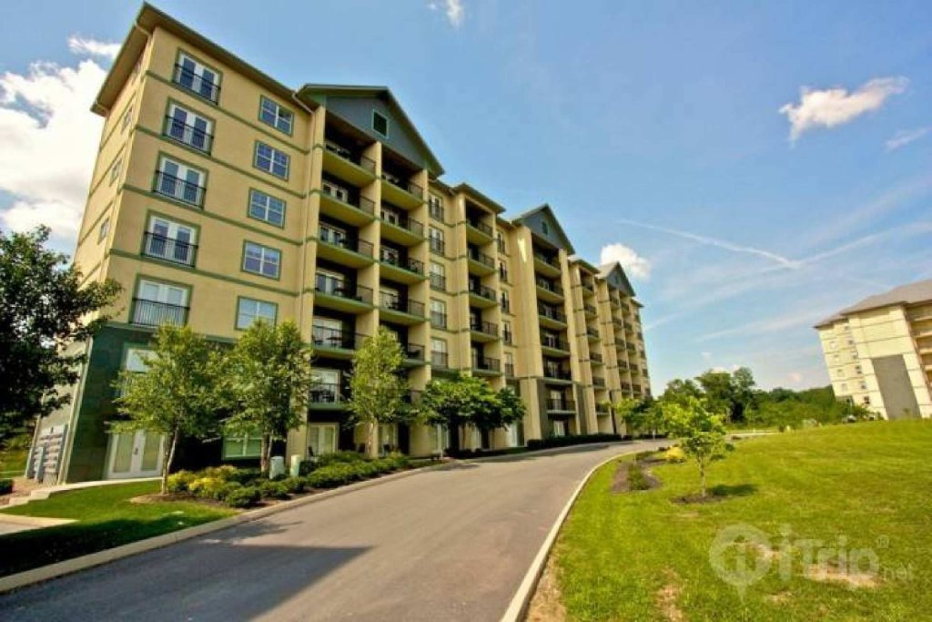 Photo of a Pigeon Forge Cabin named Mountain View Condo #3505 - This is the twenty-second photo in the set.