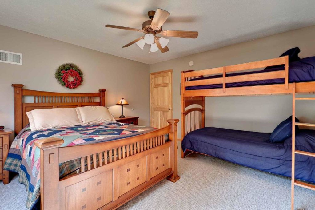 Photo of a Pigeon Forge Cabin named Cajun Cabin - This is the twelfth photo in the set.