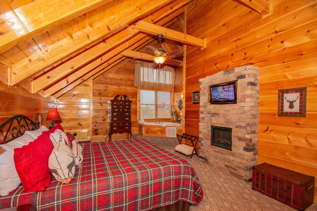 Photo of a Sevierville Cabin named A Bear's-eye View - This is the twenty-second photo in the set.