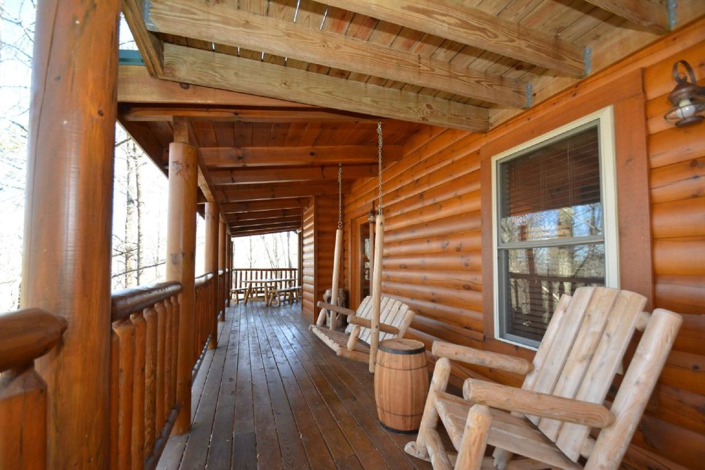 Photo of a Sevierville Cabin named Hidden Haven - This is the eleventh photo in the set.