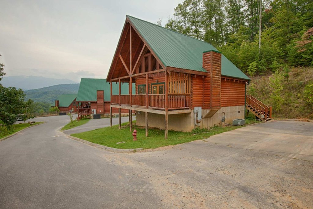 Photo of a Pigeon Forge Cabin named Victoria's Other Secret - This is the seventh photo in the set.