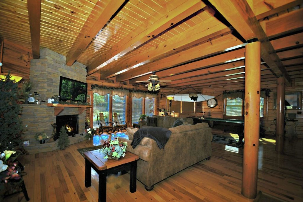Photo of a Gatlinburg Cabin named Evannely Memories - This is the sixth photo in the set.