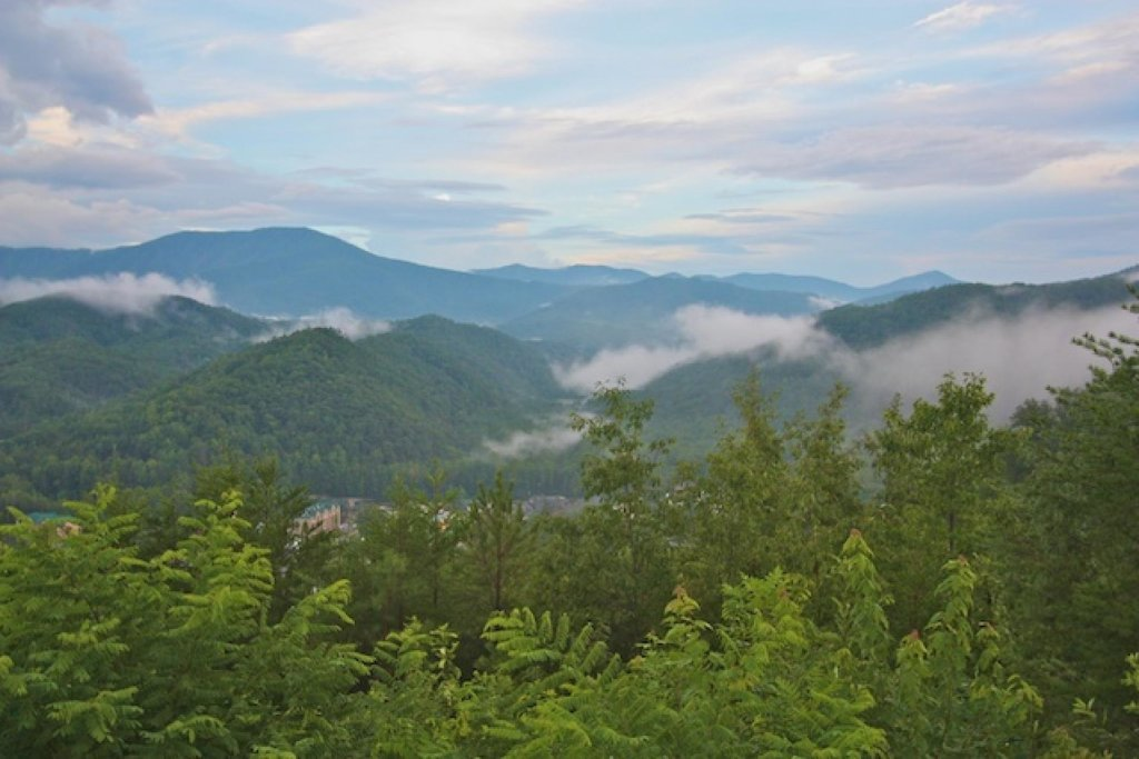 Photo of a Gatlinburg Cabin named Crestview Chalet #1 - This is the thirtieth photo in the set.