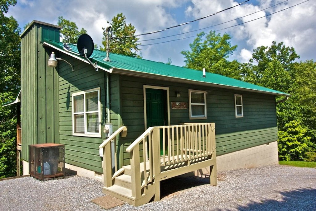 Photo of a Gatlinburg Cabin named Crestview Chalet #1 - This is the seventeenth photo in the set.