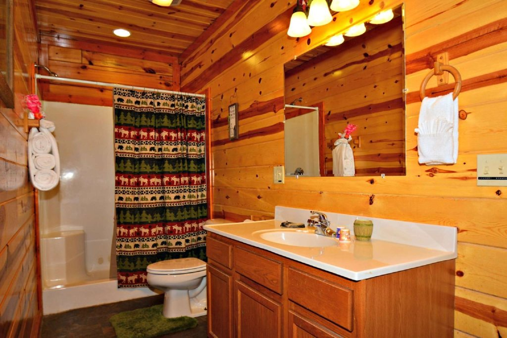 Photo of a Gatlinburg Cabin named Evannely Memories - This is the eighth photo in the set.
