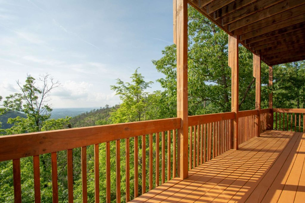 Photo of a Pigeon Forge Cabin named Falcon Ridge - This is the eleventh photo in the set.