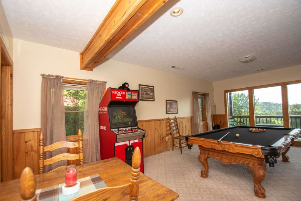 Photo of a Pigeon Forge Cabin named Lasting Impressions Lodge - This is the fifteenth photo in the set.