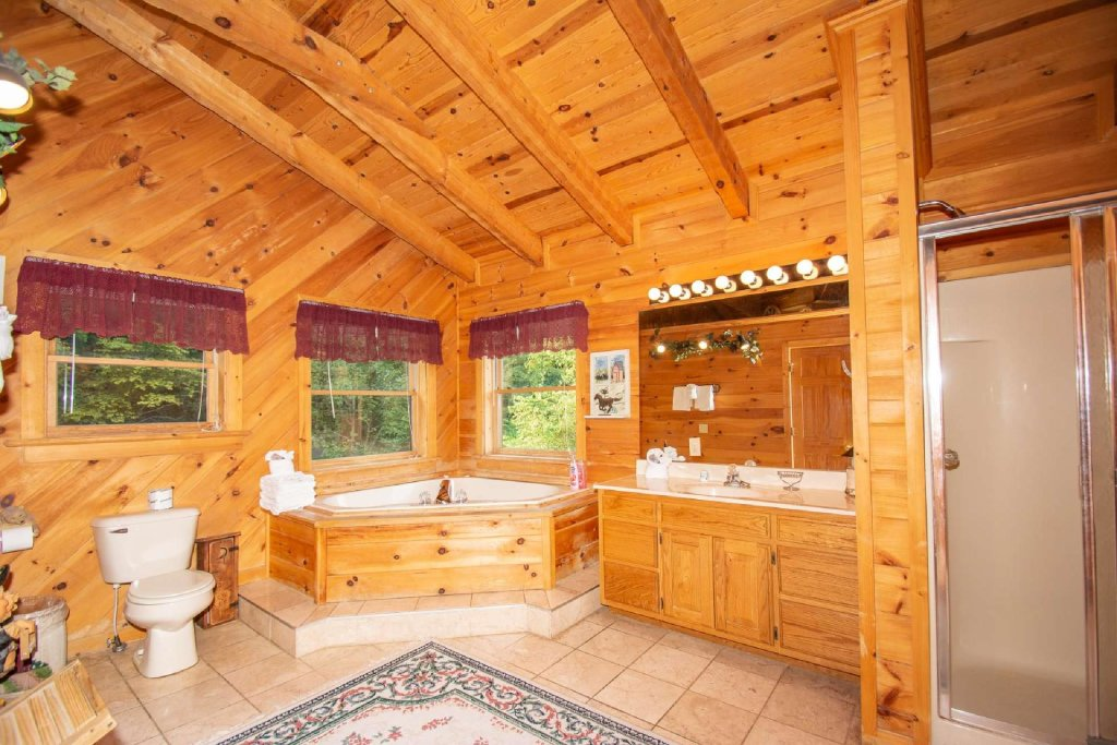 Photo of a Pigeon Forge Cabin named Lasting Impressions Lodge - This is the twenty-third photo in the set.