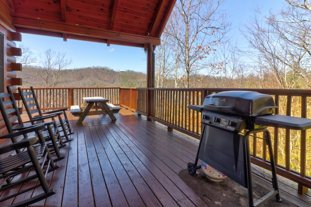Photo of a Pigeon Forge Cabin named Gristmill Getaway - This is the first photo in the set.